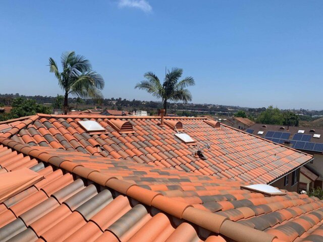 We offer a vast range of high-quality roofing services and convenient options
